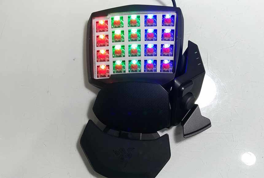 Razer Orbweaver Chroma 30 Programmable Keys - after removing keys